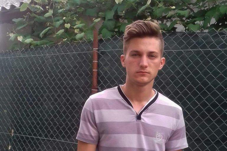 Bogdan Oroșanu are 18 ani și dorește să urmeze o facultate în domeniul auto.